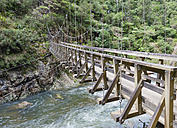 New Zealand, North Island, Waikato, Karangahake Gorge, suspension bridge over Waitawheta River - JB000031