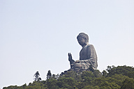 China, Hongkong, Lantau Island, Ngong Ping, view to Tian Tan Buddha - GW002583