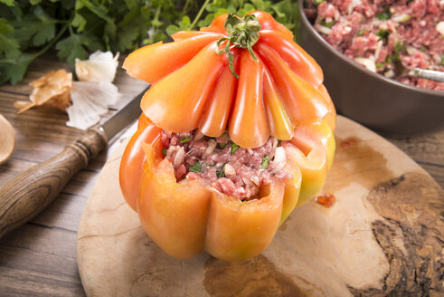 Filled beefsteak tomato, Low Carb - CSTF000086