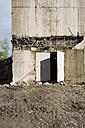 Germany, North Rhine-Westphalia, Duesseldorf, entrance of a high-rise bunker - VI000243