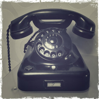 Old telephone - SARF000271