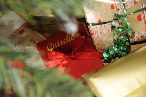 Christmas presents - LB000590