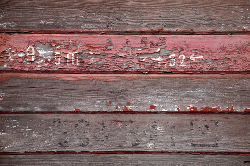 Wooden bars with leftovers of colour, detail - WIF000444