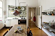 Large kitchen of flat in an old building - TK000309