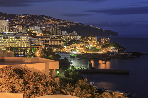 Portugal, Madeira, Funchal by night - VTF000134