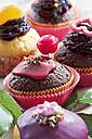 Decorated muffins in muffin papers - CSF020967
