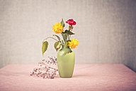 Eustoma, Rose and divine flowers in the vase - VTF000141