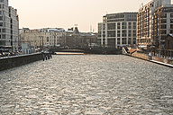 Germany, Berlin, frozen Spree river, view to Berliner Ensemble theatre - FBF000285