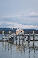 Germany, Baden-Wuerttemberg, Lake Constance, Iznang, Jetty - ELF000902