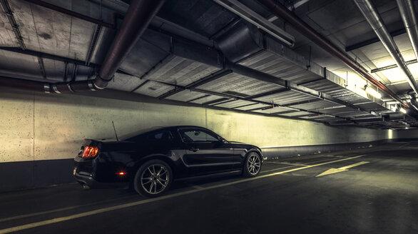 Car parking in underground car park - HC000014