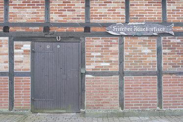 Germany, Mecklenburg-Western Pomerania, Ruegen, facade of fish smokehouse - MJ000949