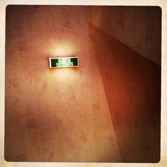 Emergency exit in an old hotel in Besancon, Doubs, France. - DHL000358
