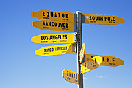 New Zealand, North Island, Sign post at Cape Reinga - GW002646