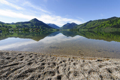 Germany, Bavaria, Schliersee in spring - LB000683