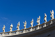 Italy, Rome, Figures of saints at St. Peter's Basilica - EJWF000362