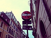 funny sign, Rome, Italy - RIM000160