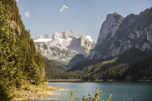 Austria, Gosau, mountain lake and glacier - KVF000091