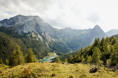 Austria, Lungau, view on Schlierersee - KVF000059