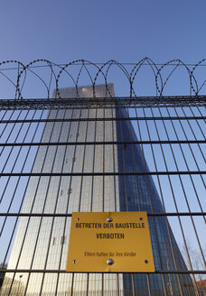 Germany, Hesse, Frankfurt, view to European Central Bank behind construction barrier with No admittance sign - AK000339