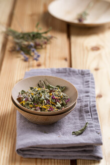 Herbal tea in a bowl - MYF000248
