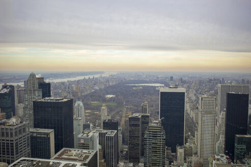 USA, New York, Manhattan, view to Central Park in winter from above - JWAF000001