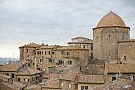 Italy, Tuscany, Volterra, Townscape - KVF000062