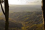 Italy, Tuscany, Volterra, rolling landscape - KVF000076