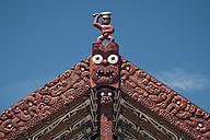 New Zealand, Whakarewarewa, Maori Village, Figure at gable of a house - WV000513