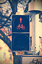 Germany, Lower Saxony, Hameln, pedestrian light and bicycle traffic signals - HOHF000623
