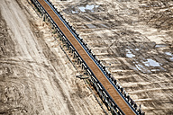 Germany, North Rhine-Westphalia, Garzweiler surface mine, Conveyor belt with coal - RDF001242