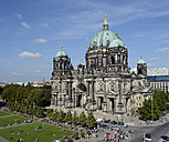 Germany, Berlin, view to Berlin Cathedral and part of pleasure garden - BFR000404