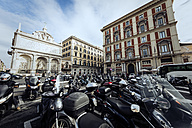 Italy, Rome, scooters and buildings - KA000121