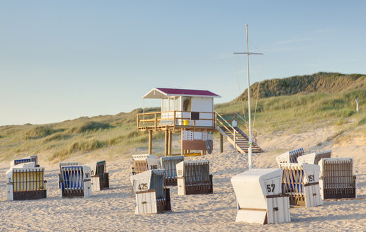 Germany, North Friesian Islands, Sylt, Beach of Rantum in the evening - ATA000054
