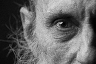 Eye of an old man with beard - CvKF000034