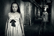 Woman and ghosts in cellar - CvK000085