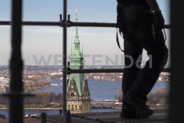 Germany, Hamburg, View from St. Nicholas church to town hall and Alster - KRP000417