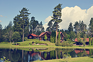 Sweden, Mora, Log cabin by the lakeside - BR000340