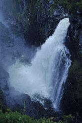 Sweden, Gaeddede, Waterfall Haellingsafallet - BR000308