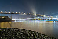 Germany, Hamburg, Port of Hamburg and Koehlbrand Bridge at night - RJ000079