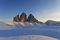 Italy, Alto Adige, Sexten Dolomites, Hochpuster Valley, Tre Cime di Lavaredo in the evening - GFF000439