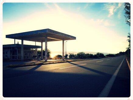 abandoned gas station, Karlobac, Croatia - EDF000049