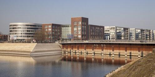 Germany, North Rhine-Westphalia, Duisburg, inner harbour, view Eurogate - WIF000572