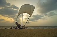 Asia, Sri Lanka, Western Province, Negombo, Fishing boat at beach - STC000013