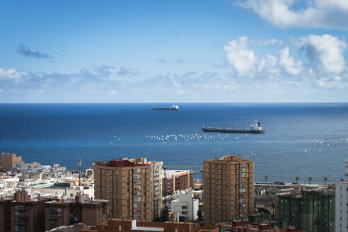 Spain, Canary Islands, Gran Canaria, Ships at Las Palmas habrour - STCF000039