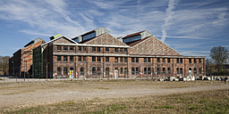 Germany, North Rhine-Westphalia, Dortmund-Hoerde, Phoenix West, Phoenix Park, Industrial hall, Phoenix hall - WIF000583