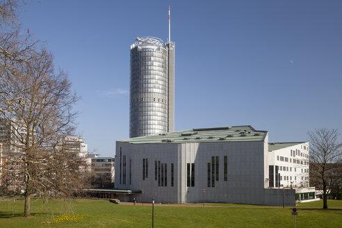 Germany, North Rhine-Westphalia, Essen, Aalto Theatre, RWE Tower - WI000598