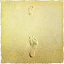 Footprint in the sand, Fuerteventura, Spain - DRF000658