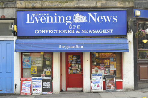 UK, Scotland, Edinburgh, Bookstall - FD000043