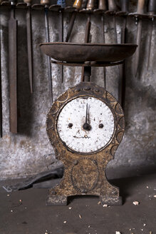 Germany, Bavaria, Josefsthal, old scale and files at historic blacksmith's shop - TC004012