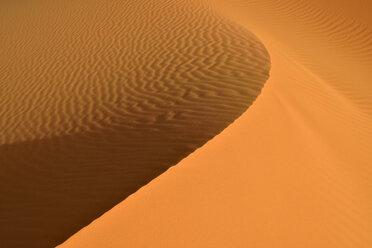 Algeria, Tassili n Ajjer, Sahara, sand ripples on a desert dune - ESF001021